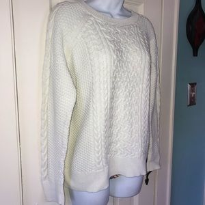 Off white sweater by Gap